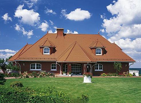 Фото дома с черепичной крышей
