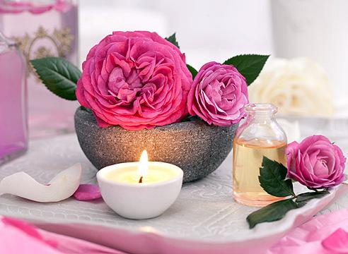 Как в домашних условиях сделать из лепестков роз розовое масло