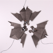 Хэллоуин своими руками: Летучая мышь оригами