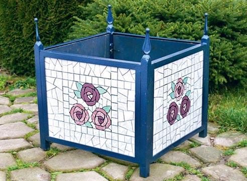 Мозаичный контейнер для растений