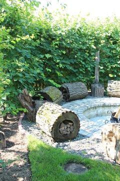 Сад Екатерины Локшиной, идеи для сада, поделки , Липовые скамейки-дровницы