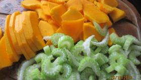 Салат из запеченных овощей с кедровыми орешками. Шаг 3