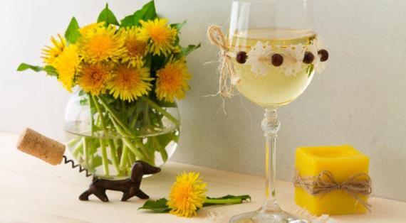 Рецепты из одуванчиков: вино, весеннее варенье, салат и другие блюда