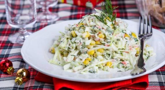 Салат из крабовых палочек и свежей капусты