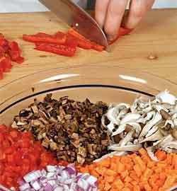 Запечённая в духовке шейка с овощами и грибным соте. Шаг 9