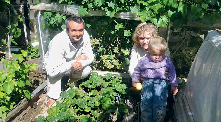 Георгий Пружинин с семьей