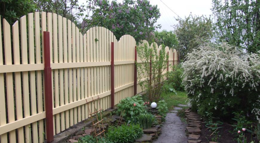 Дачный забор: идеи оформления