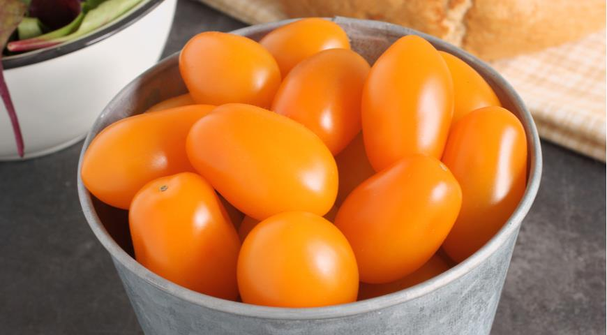 томат F1 Оранжевый Санта